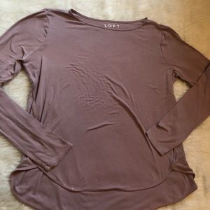 Ann Taylor LOFT | Mauve Long Sleeve Hi-Lo Top M